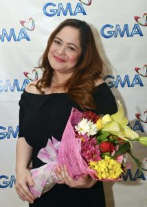 Manilyn Reynes renews contract with GMA